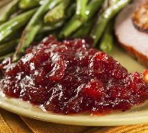 Sos żurawinowy do mięs i sałatek - jak zrobić?