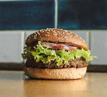 Bobby Burger wprowadza pierwszego wegańskiego burgera w historii sieci