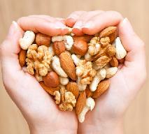 Błonnik - dlaczego powinniśmy jeść orzechy?