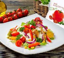 Chrupiąca sałatka z kurczakiem i suszonymi pomidorami