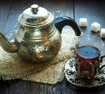 O której i jak podawać herbatę z Ceylonu?