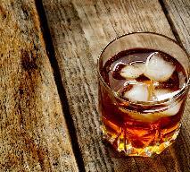 Orzeźwiający drink z whisky: podajemy dobry przepis