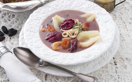 Czernina, czarnina: przepis na zupę z krwi, czyli czarną polewkę