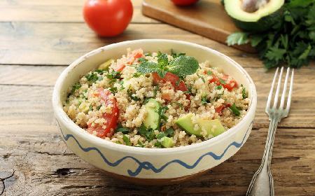Tabbouleh z quinoa - przepis z menu beszamel