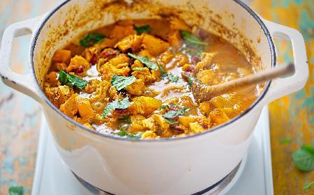 Dynia: curry z dynią i kurczakiem [przepis]