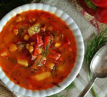 Zupa ziemniaczana z papryką i pomidorami