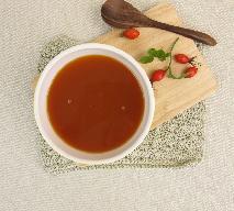 Aromatyczna zupa krem z dzikiej róży