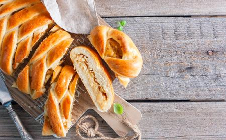 Przepyszny kulebiak na Wigilię: przepis, który nie ma sobie równych