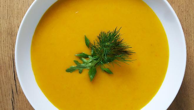 Zupa krem z marchewki: przepis krok po kroku